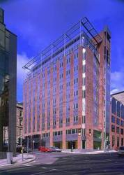 Serviced Office Space in Central Glasgow to rent from £400 per desk
